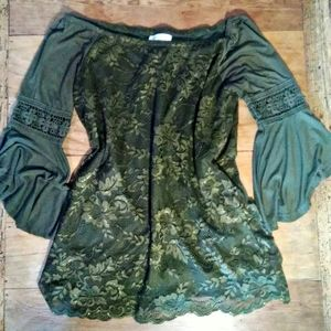 Pheasant Style Blouse with Lace